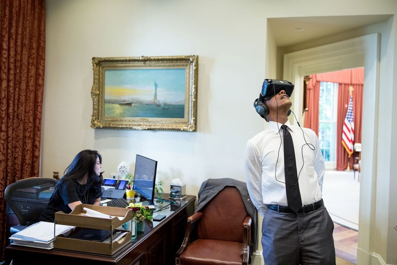 President Obama uses virtual reality goggles in the White House